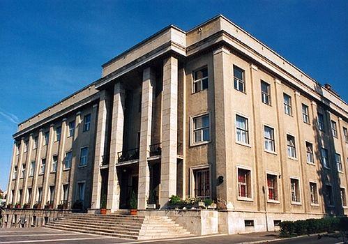 A PE MKK Szimpóziumra 2019. március 20-án 9 órától kerül sor Veszprémben a  B. épület 2. emeleti Konferencia Központjában. A szimpózium keretében a ... ad0fb1f826